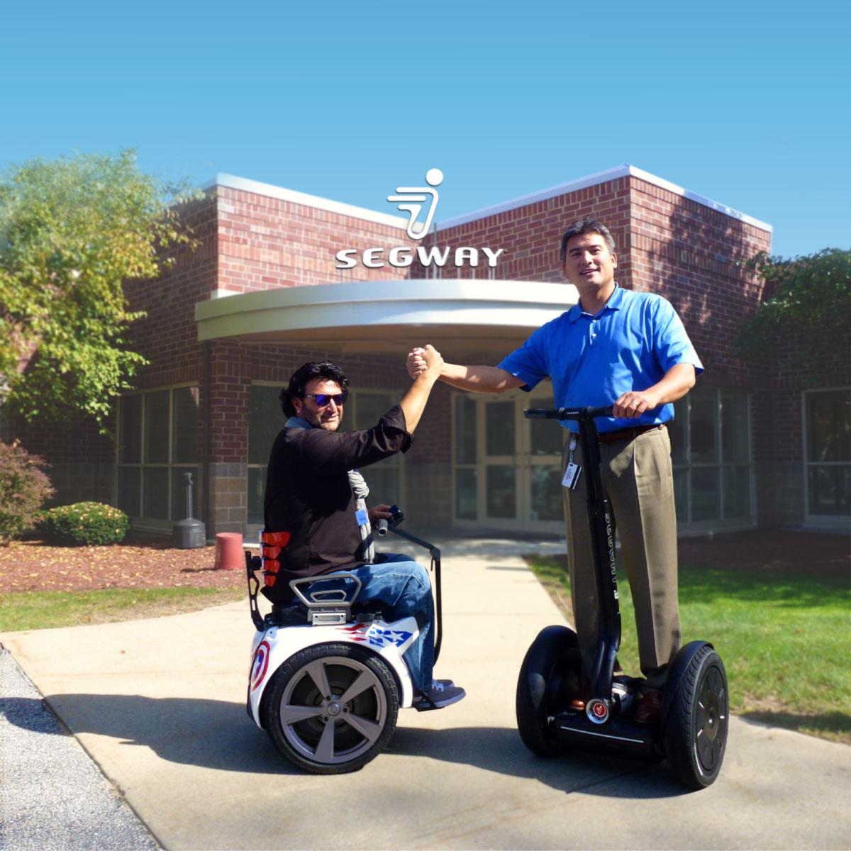 Dean Kamen y Paolo Badano, creadores de Segway y Genny